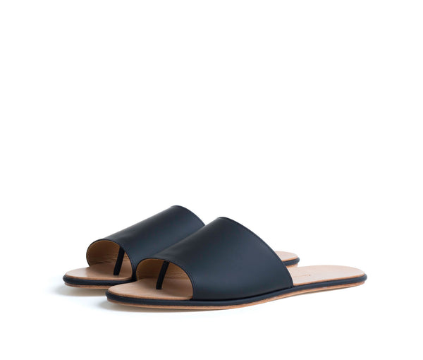 caelum slide sandal - black super matte leather