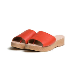 emano flatform slide sandal - saffron textured leather/natural polished wood