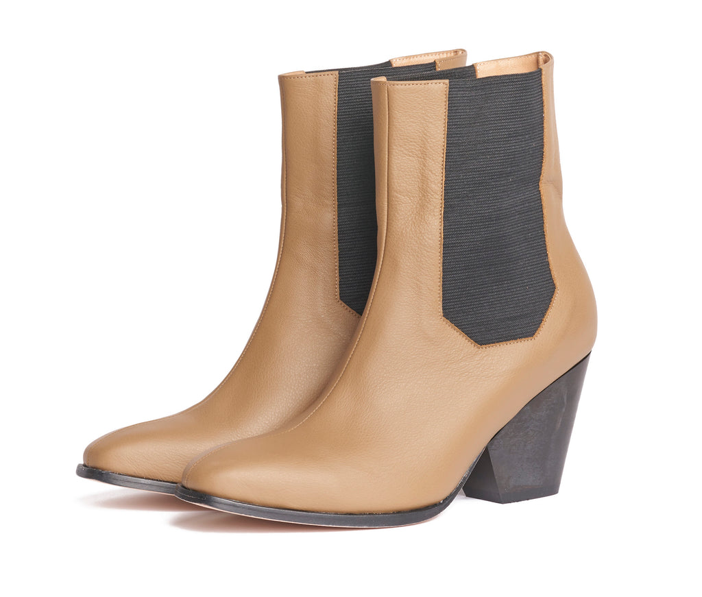inergia-duo chelsea boot - cypress textured leather w black wood heel