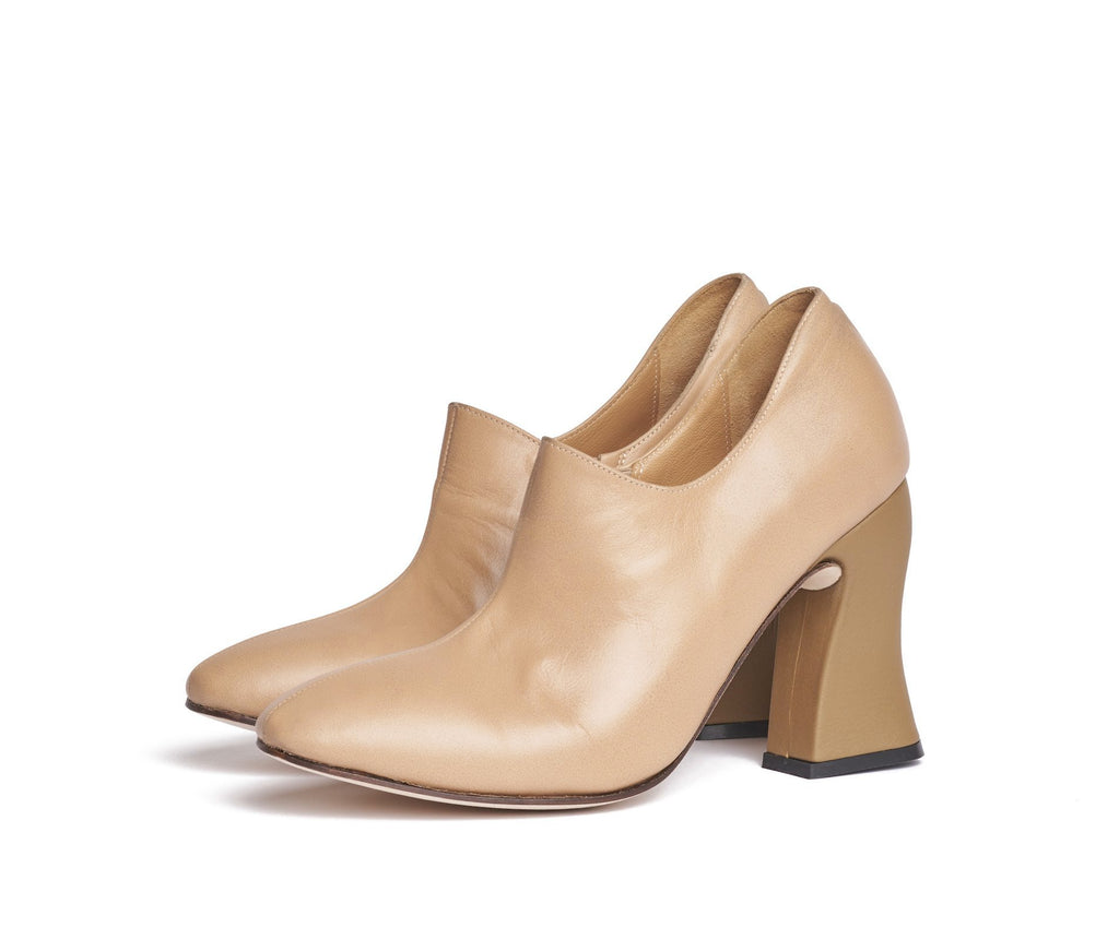 dialion curved heel bootie - tan w cypress textured leather heel