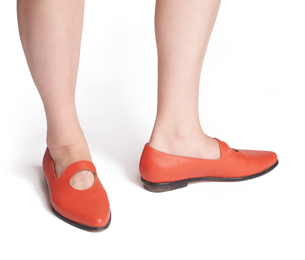 palla pointed toe, cut out loafer - pomegranate nappa leather