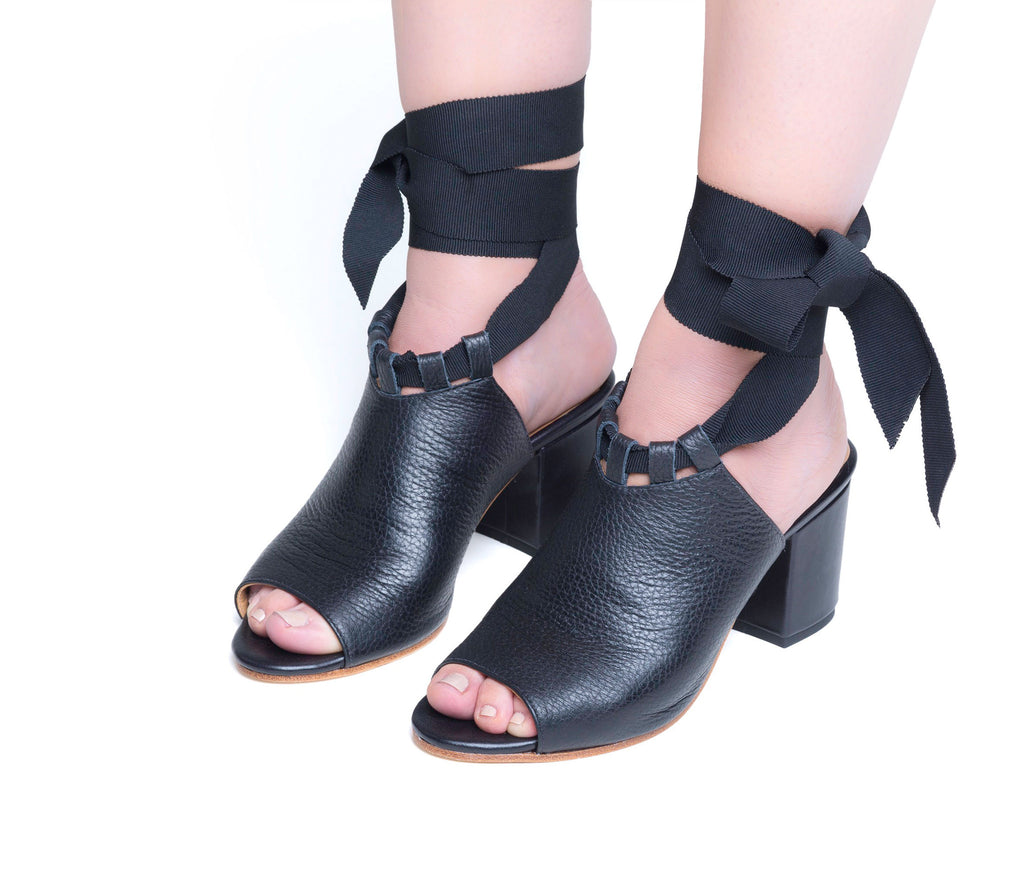 systema ribbon sandal - black pebbled leather (web exclusive)