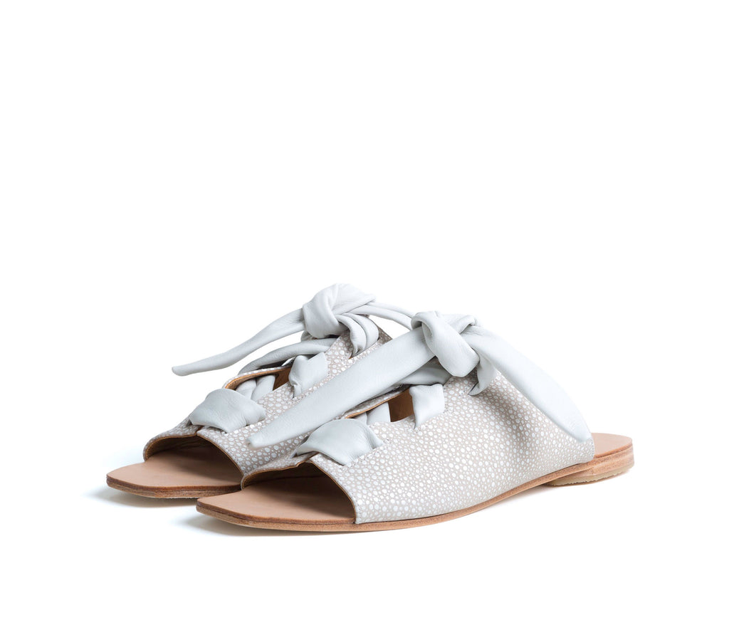 texo sandal - cream shagreen print leather