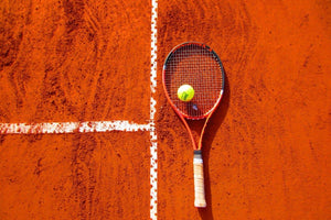 Common tennis knee and foot injuries (& how to avoid them)