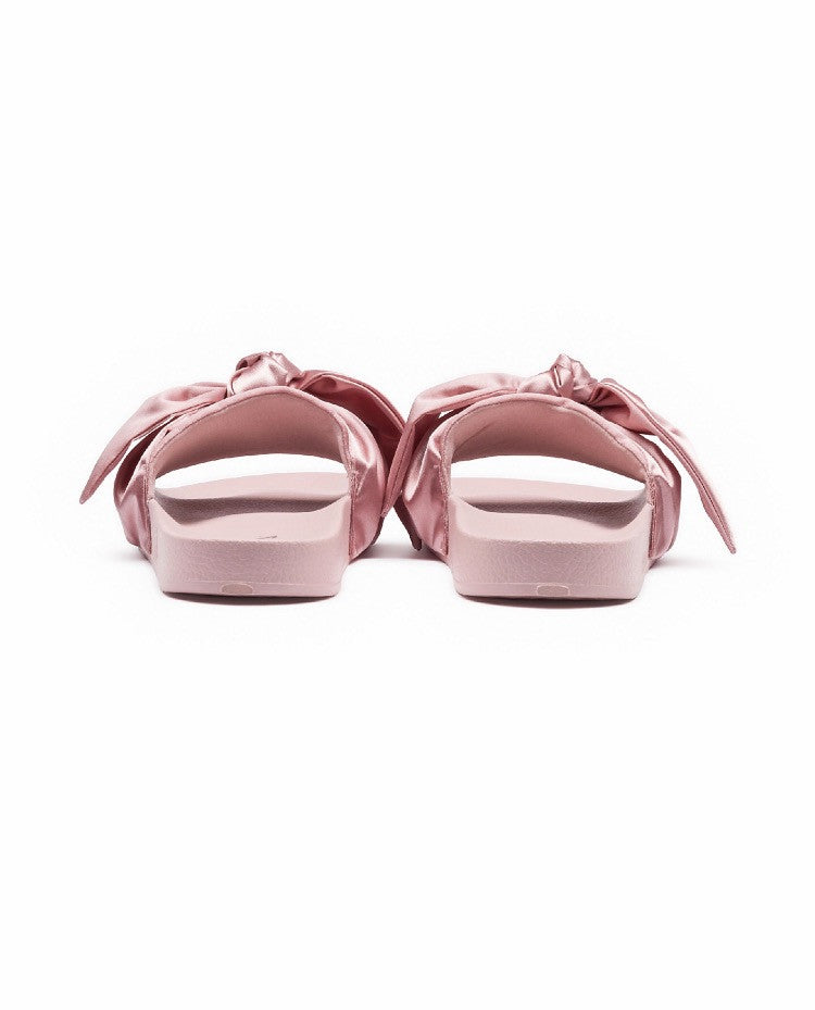 pretty nice 63d6f 10600 Fenty By Rihanna X Puma Bow Slide Sandals