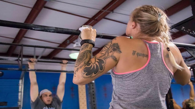 From Crumbling Addiction to Crossfit Recovery!
