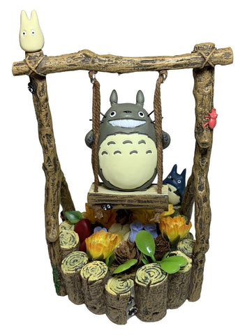 My Neighbour Totoro: Totoro on Swing Figurine