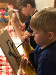 artist erin vincent teaching kids to paint