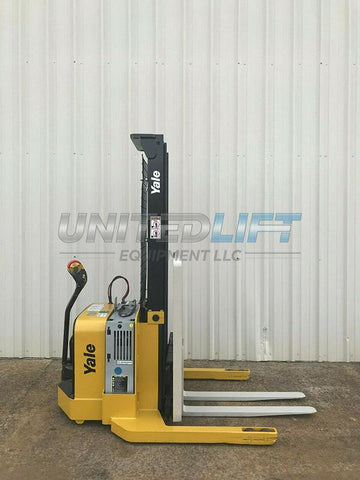 2009 YALE MSW040SEN24TV087 4000 LB ELECTRIC FORKLIFT WALKIE STACKER CUSHION 87/130 2 STAGE MAST SIDE SHIFTER 3649 HOURS STOCK # 6426-117726-ARB - United Lift Used & New Forklift Telehandler Scissor Lift Boomlift