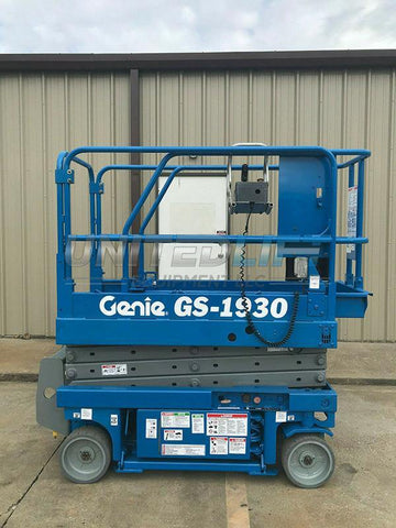 2000 GENIE GS1930 SCISSOR LIFT 19' REACH ELECTRIC ONLY 785 HOURS STOCK # 6078-407254-ARB