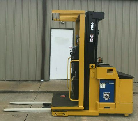"2009 YALE OS030ECN24TE08 3000 LB 24 VOLT ELECTRIC FORKLIFT ORDER PICKER CUSHION 89/195"" 3 STAGE MAST 9445 HOURS STOCK # BF999879-ARB - United Lift Used & New Forklift Telehandler Scissor Lift Boomlift"