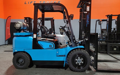 "2021 VIPER FY45 10000 LB LP GAS FORKLIFT PNEUMATIC 90/189"" 3 STAGE MAST SIDE SHIFTER BRAND NEW STOCK # BF9373419-ILIL - United Lift Used & New Forklift Telehandler Scissor Lift Boomlift"