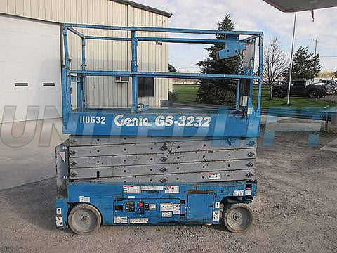 2012 GENIE GS3232 SCISSOR LIFT 32' REACH ELECTRIC SMOOTH CUSHION TIRES 323 HOURS STOCK # BF91106329-HLNY