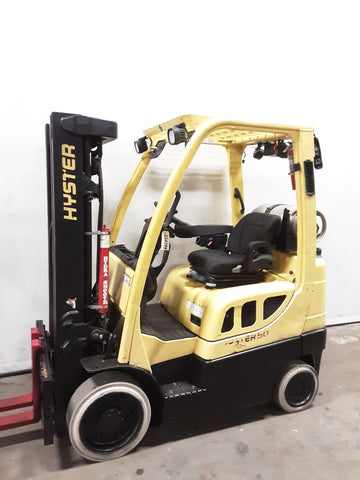 "2017 HYSTER S50FT 5000 LB LP GAS FORKLIFT CUSHION 83/189"" 3 STAGE MAST SIDE SHIFTER 6665 HOURS STOCK # BF9234289-NCB - United Lift Used & New Forklift Telehandler Scissor Lift Boomlift"