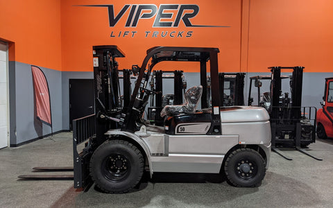 "2021 VIPER FD50 11000 LB DIESEL FORKLIFT DUAL DRIVE PNEUMATIC 91/189"" 3 STAGE MAST SIDE SHIFTING FORK POSITIONER STOCK # BF9502119-ILIL - United Lift Equipment LLC"