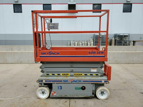 2009 SKYJACK SJIII3219 SCISSOR LIFT 19' REACH ELECTRIC CUSHION TIRES 217 HOURS STOCK # BF9116179-RIL - United Lift Used & New Forklift Telehandler Scissor Lift Boomlift