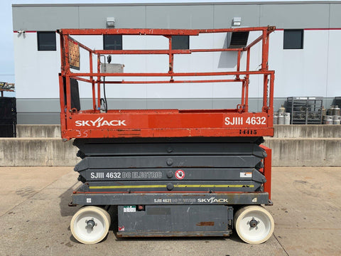 2012 SKYJACK SJIII4632 SCISSOR LIFT 32' REACH ELECTRIC SMOOTH CUSHION TIRES 231 HOURS STOCK # BF924616-RIL