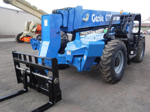 2014 GENIE GTH1056 10000 LB DIESEL TELESCOPIC FORKLIFT TELEHANDLER PNEUMATIC 4WD 2490 HOURS STOCK # BF9641549-NLEQ
