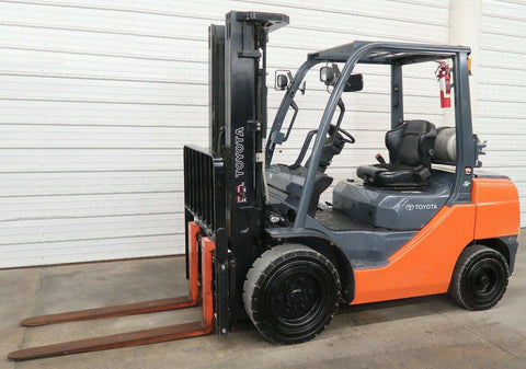 2016 TOYOTA 8FGU30 6000 LB LP GAS FORKLIFT PNEUMATIC 88/187 3 STAGE MAST SIDE SHIFTER 647 HOURS STOCK # BF950053-DPA