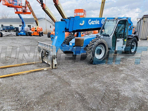 2013 GENIE GTH1056 10000 LB DIESEL TELESCOPIC FORKLIFT TELEHANDLER PNEUMATIC 4WD ENCLOSED CAB 2629 HOURS STOCK # BF9650119-BATNY