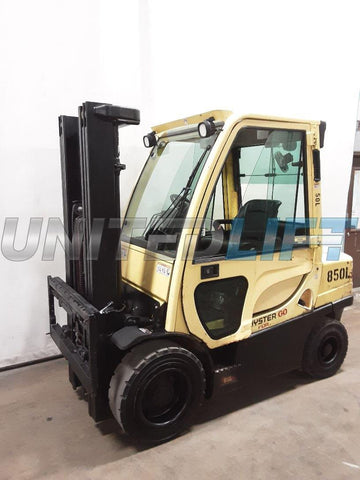 "2013 HYSTER H60FT 6000 LB DIESEL FORKLIFT PNEUMATIC 85/181"" 3 STAGE MAST SIDE SHIFTER ENCLOSED CAB 162 HOURS STOCK # BF9225439-NCB"