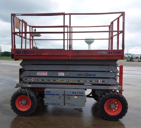 2011 SKYJACK SJ7135RT SCISSOR LIFT 35' REACH DIESEL PNEUMATIC TIRES 1652 HOURS STOCK # BF9129549-WIBIL