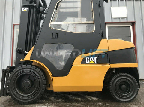 "2006 CATERPILLAR P6000 6000 LB DIESEL FORKLIFT PNEUMATIC 131"" 2 STAGE MAST SIDE SHIFTER ENCLOSED CAB 8677 HOURS STOCK # BF9783409-MWWI"