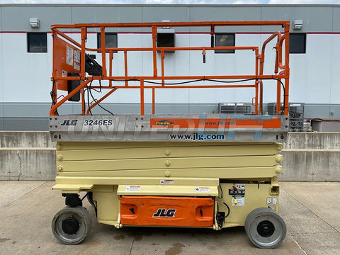 2005 JLG 3246ES SCISSOR LIFT 32' REACH ELECTRIC SMOOTH CUSHION TIRES 654 HOURS STOCK # BF9252459-RIL