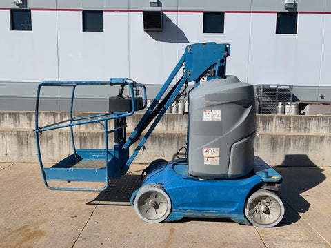 2013 GENIE GR26J PERSONAL RUNABOUT LIFT 26' REACH ELECTRIC 215 HOURS STOCK # BF924589-RIL