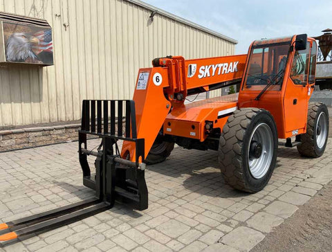 2012 SKYTRAK 6042 6000 LB DIESEL TELESCOPIC FORKLIFT TELEHANDLER PNEUMATIC 4WD ENCLOSED CAB 2460 HOURS STOCK # BF9461289-NLEQ