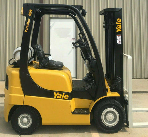 2010 YALE GLP040 4000 LB LP GAS FORKLIFT PNEUMATIC 84/130 2 STAGE MAST 4566 HOURS STOCK # 11895-812872-ARB