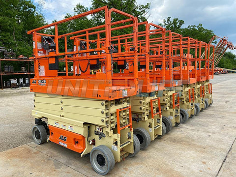 2015 JLG 2632ES SCISSOR LIFT 500 LB 26' REACH ELECTRIC 210 HOURS STOCK # BF9252669-RIL