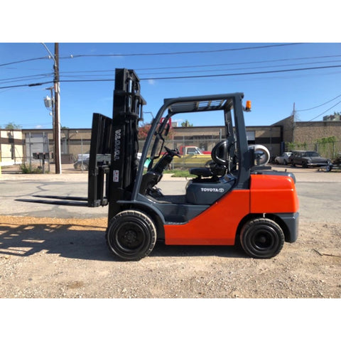 "2014 TOYOTA 8FGU32 6500 LB LP GAS FORKLIFT PNEUMATIC 140"" 2 STAGE MAST SIDE SHIFTER HOURS STOCK # BFE0666-PRTX"