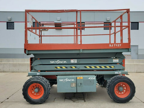 2006 SKYJACK SJ7127RT SCISSOR LIFT 27' REACH DUAL FUEL PNEUMATIC TIRES 3371 HOURS STOCK # BF9257889-RIL - United Lift Equipment LLC