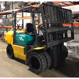 2007 KOMATSU FG40ZT-11 9000 LB LP GAS FORKLIFT PNEUMATIC 87/185 3 STAGE MAST 4900 HOURS STOCK # BF918916-LSCB