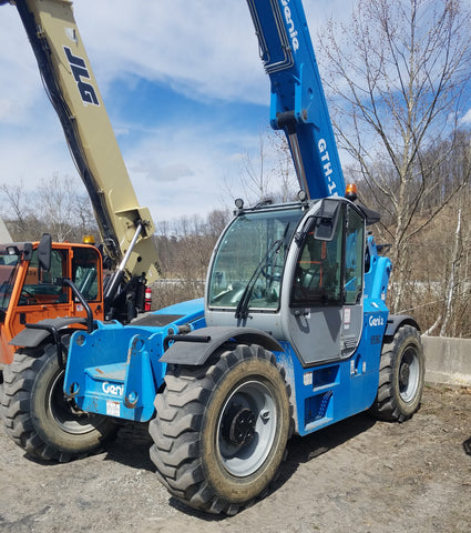 2014 GENIE GTH1544 15000 LB DIESEL TELESCOPIC FORKLIFT TELEHANDLER PNEUMATIC 4WD ENCLOSED CAB STOCK # BF91055449-PAC