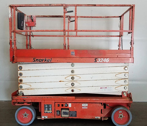 2007 SNORKEL S3246 SCISSOR LIFT 32' REACH 334 HOURS ELECTRIC SMOOTH CUSHION TIRES STOCK # BF937769-BUF