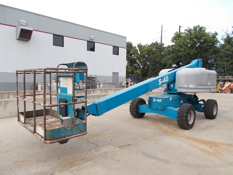 2004 GENIE S-40 500 LBS DIESEL 40 FT. PNEUMATIC TELESCOPIC BOOM LIFT 3827 HOURS STK# BF923754-RIL