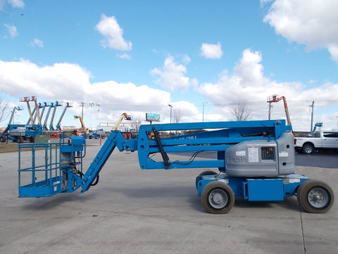 2012 GENIE Z-45/25J 500 LBS ELECTRIC 45 FT. PNEUMATIC ARTICULATING BOOM LIFT 1204 HOURS STK# BF924318-RIL - United Lift Used & New Forklift Telehandler Scissor Lift Boomlift