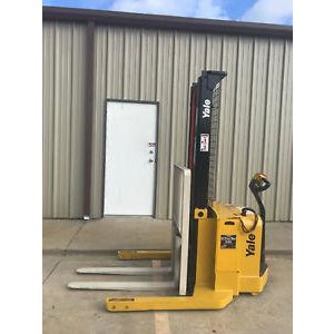 2009 YALE MSW040SFN24TV087 4000 LB ELECTRIC FORKLIFT WALKIE STACKER CUSHION 87/130 2 STAGE MAST 2371 HOURS STOCK # 6693-306540-ARB
