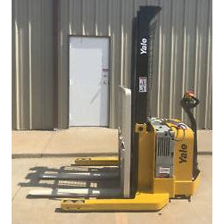 2012 YALE MSW040SEN24TV087 4000 LB ELECTRIC FORKLIFT WALKIE STACKER CUSHION 87/130 2 STAGE MAST 4495 HOURS STOCK # 7565-02773J-ARB