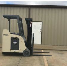 2008 CROWN RC 5500C-30 3500 LB 36 VOLT ELECTRIC DOCK STOCKER FORKLIFT 83/190 3 STAGE MAST STOCK # 9052-508629-ARB