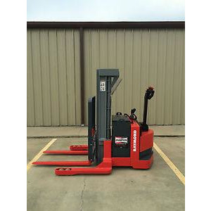 2003 RAYMOND DSX40 4000 LB ELECTRIC FORKLIFT WALKIE STACKER 72/150 3 STAGE MAST CUSHION 5446 HOURS STOCK # 5567-782704-ARB
