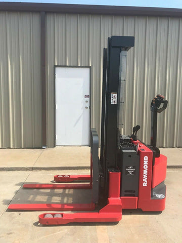 "2006 RAYMOND RSS40 4000 LB ELECTRIC FORKLIFT WALKIE STACKER 86/128"" 2 STAGE MAST CUSHION SIDE SHIFTER 13303 HOURS STOCK # BF950579-ARB - United Lift Used & New Forklift Telehandler Scissor Lift Boomlift"