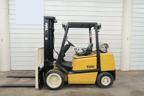 2000 YALE GLP065TG 6500 LB LP GAS FORKLIFT PNEUMATIC 93/199 3 STAGE MAST SIDE SHIFTER 5580 HOURS STOCK # BF97844689-DPA