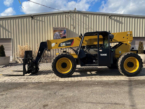 2016 CAT TL943C 9000 LB DIESEL TELESCOPIC FORKLIFT TELEHANDLER PNEUMATIC 4WD 2217 HOURS STOCK # BF9643669-NLEQ - United Lift Used & New Forklift Telehandler Scissor Lift Boomlift
