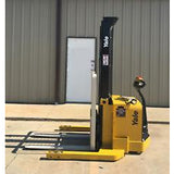 2009 YALE MSW040SEN24TV087 4000 LB ELECTRIC FORKLIFT WALKIE STACKER CUSHION 87/130 2 STAGE MAST 3698 HOURS STOCK # 6425-01815G-ARB