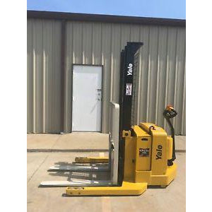 2004 YALE MSW040SEN24TV087 4000 LB ELECTRIC FORKLIFT WALKIE STACKER CUSHION 87/130 2 STAGE MAST 507 HOURS STOCK # 5601-334108-ARB - united-lift-equipment
