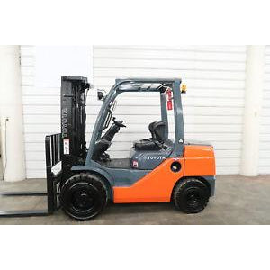 2011 TOYOTA 8FDU30 6000 LB DIESEL FORKLIFT PNEUMATIC 85/171 3 STAGE MAST SIDE SHIFTER 3354 HOURS STOCK # BF43129-DPA