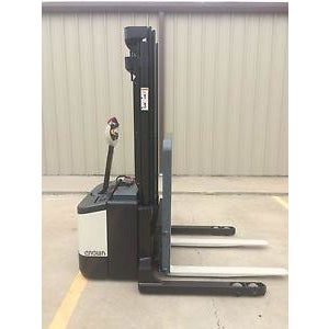 2007 CROWN WS-2300 3500 LB ELECTRIC FORKLIFT WALKIE STACKER CUSHION 84/128 2 STAGE MAST STOCK # 5567-558263-ARB
